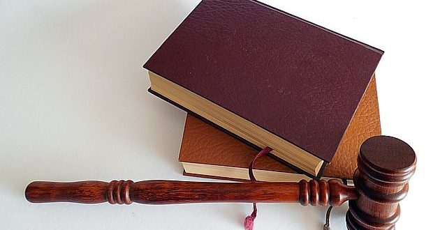Devenir avocat en France